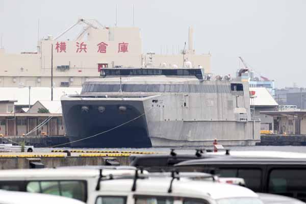 アメリカ海軍艦艇 高速輸送艦 GUAM 横浜港 2018年6月17日